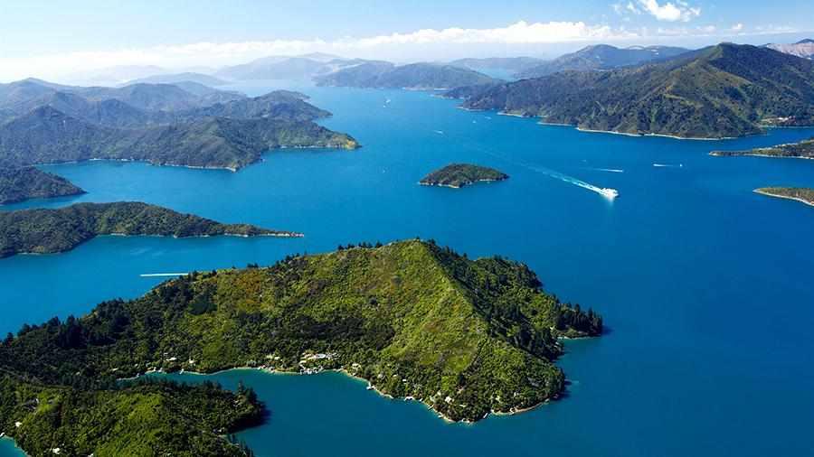 Новая Зеландия и Фиджи ищут паром с 50 пассажирами   Новости ...