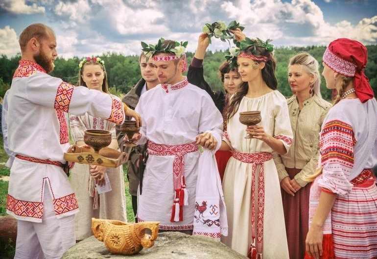 Народные традиции