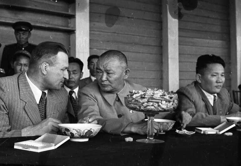 Советско-Монгольские отношения