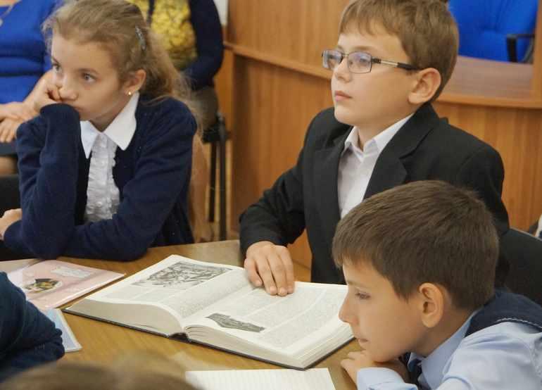 Чтение поэмы Пушкина «Песнь о вещем Олеге»