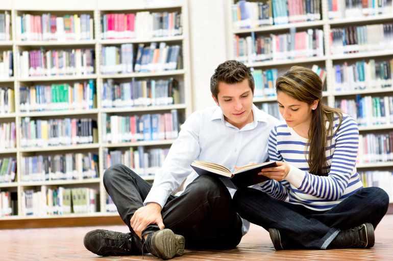 Читают повесть Толстого «Детство»
