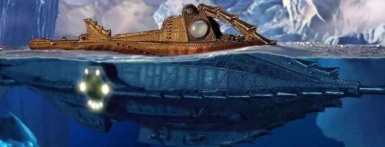 В море плывет длинный веретенообразный предмет