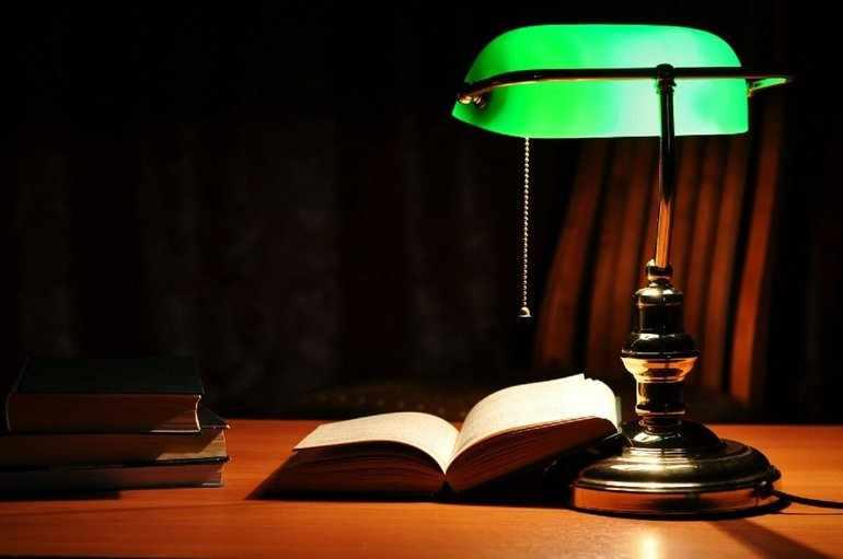 Зеленая лампа грин